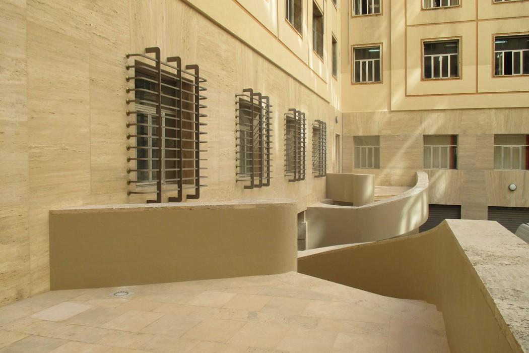 Architettura-1---SEDE-DELL'AGENZIA-DELLE-ENTRATE-A-NAPOLI---5-min